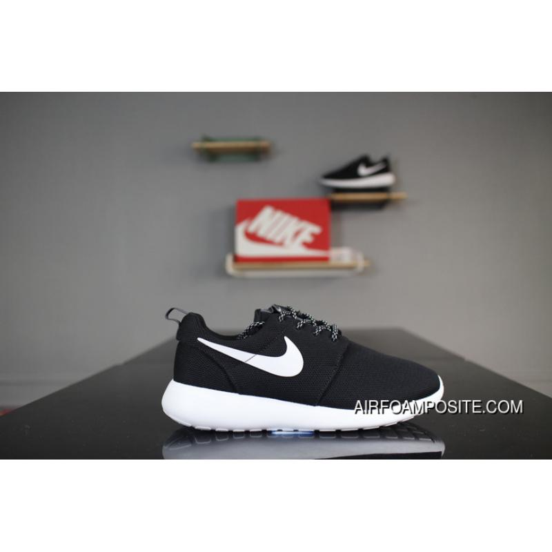 Nike Roshe Run One 844994-002 Black And White White Hooks Olympic London  Super Soft ...
